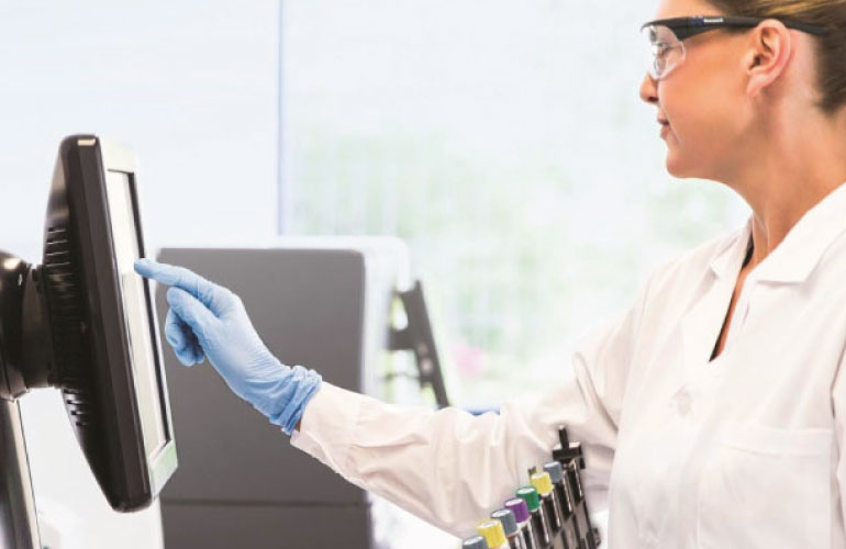 Innovaciones para implementar la utilidad de las pruebas de diagnóstico y combatir efectivamente el COVID-19